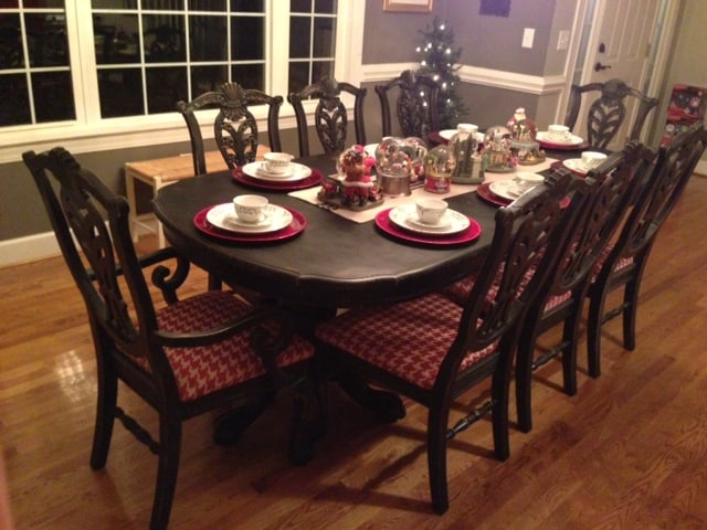 Dining Room Table At Christmas