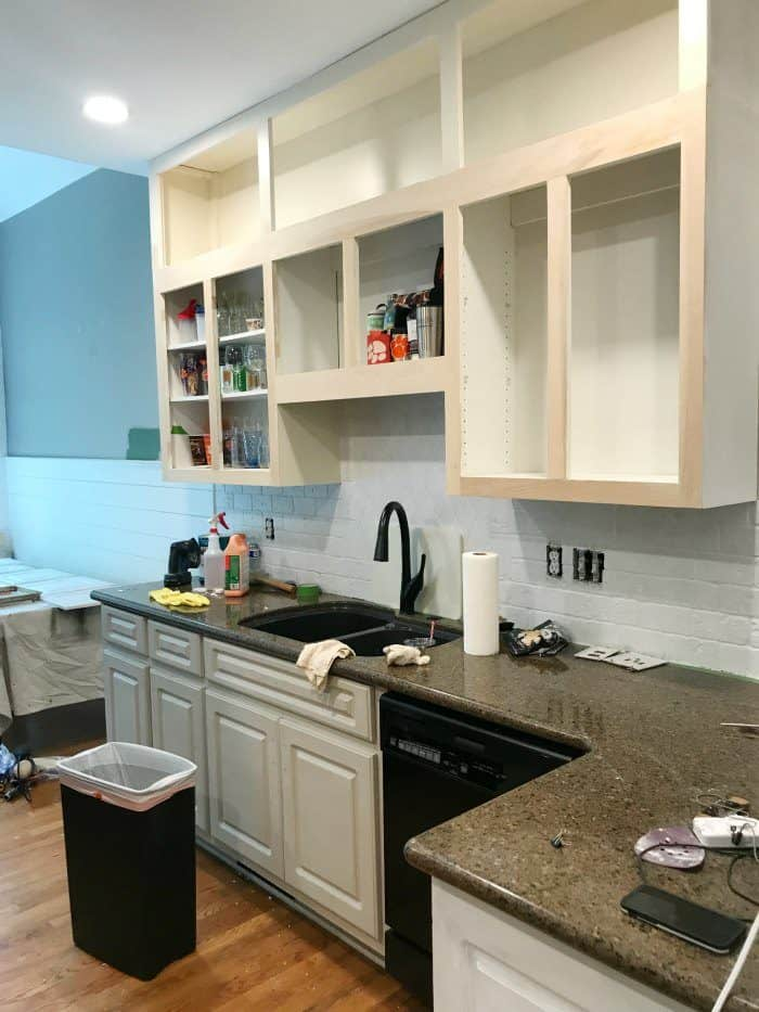 Paint, prime, sand kitchen cabinets
