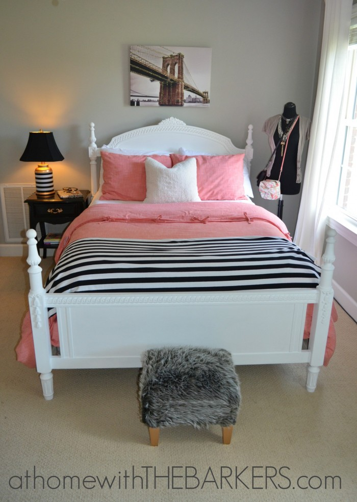 How to make your teen girl happy a room makeover at for Room makeover