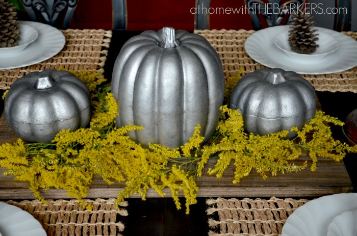Fall Tour Dining Table Sinc Pumpkins