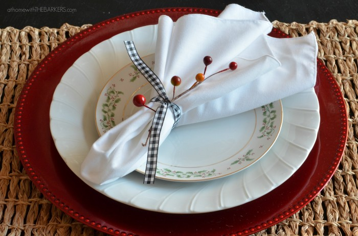 Christmas Tour Dining Place setting