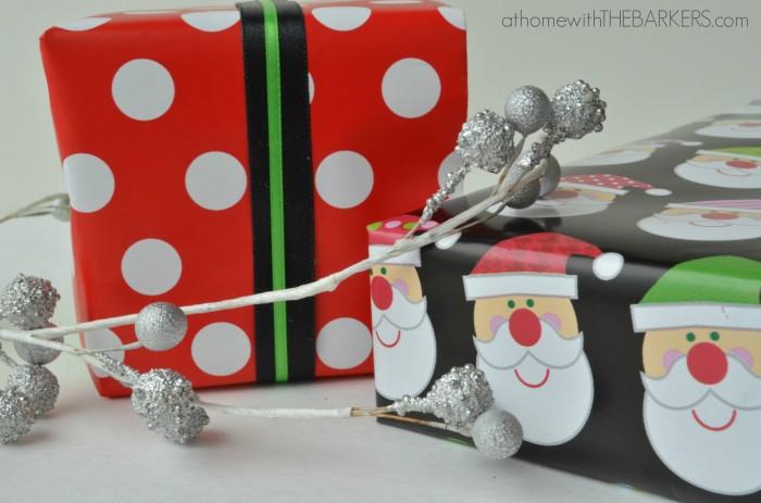 Gift Wrap Polka Dot and Santa