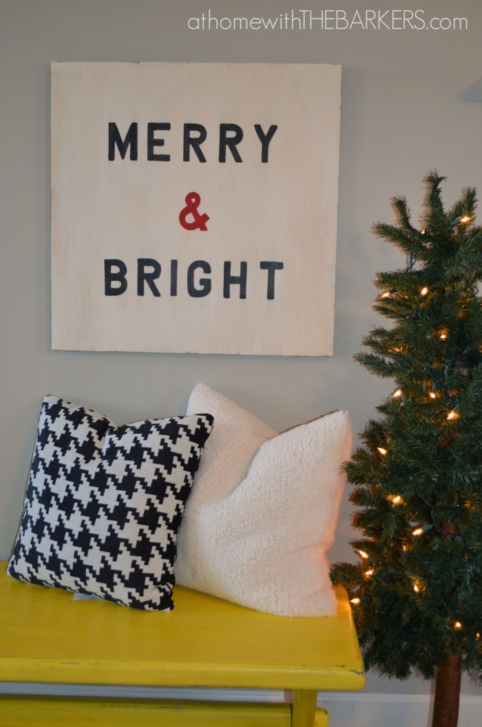 Wooden Holiday Sign Merry & Bright