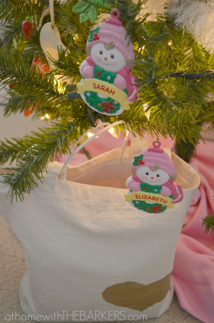 Holiday Decorating for teen girls-tote bag
