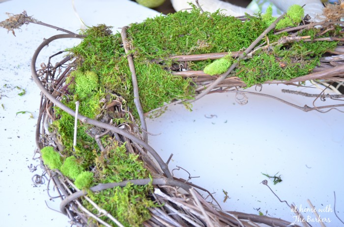 Natural Spring Wreath-Moss