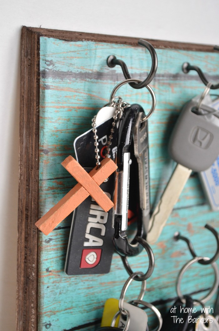 Faux Barnwood Key Holder from At Home with The Barkers