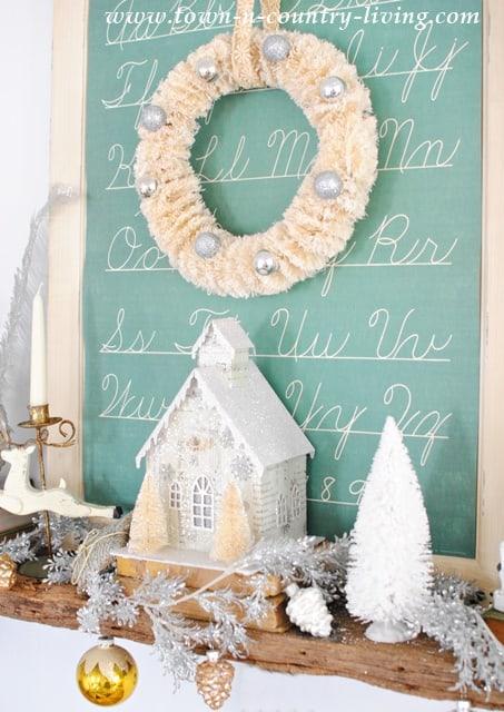 Bottle-Brush-Christmas-Mantel