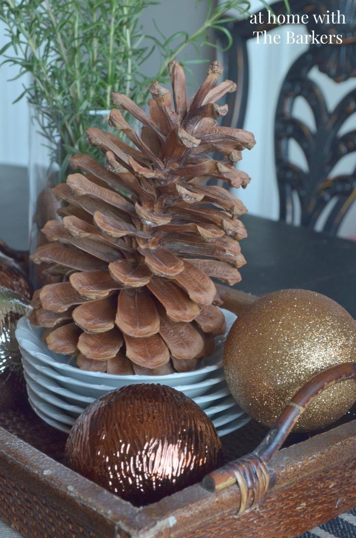 Dining Room Christmas Decor table centerpiece