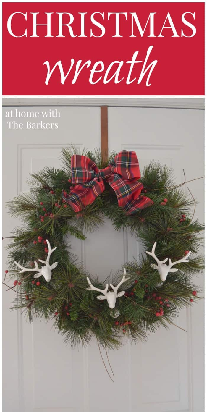 Christmas Wreath /Deers and Plaid / athomewiththebarkers.com