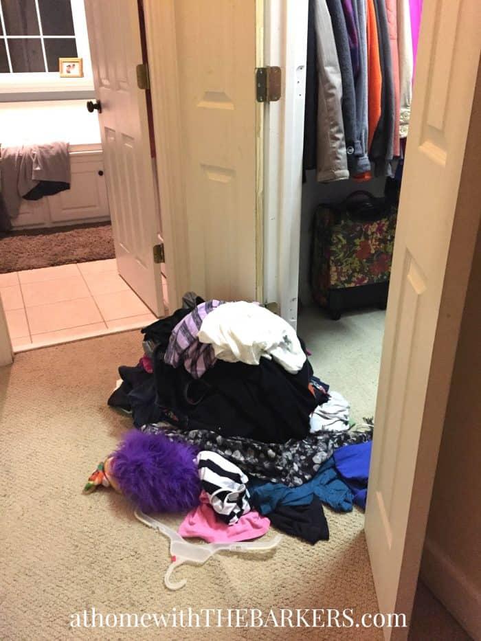 Declutter Tips - Closet Clutter
