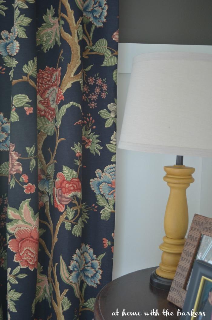 Summer Dining Room Lamp Vignette