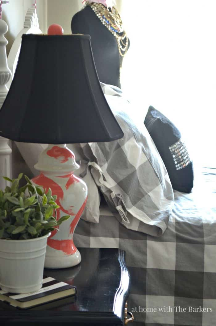 DIY Brushstroke Lamp -Coral - athomewiththebarkers.com