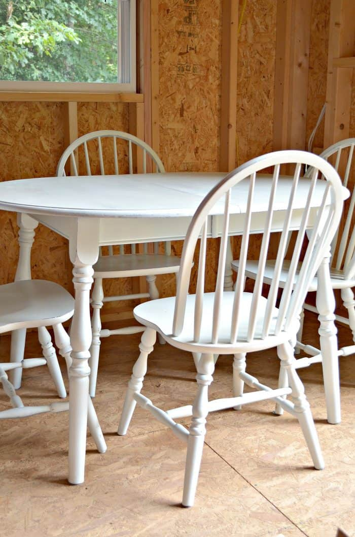 Painting dining set with HomeRight Sprayer