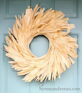 Anthropologie-Corn-Husk-Wreath