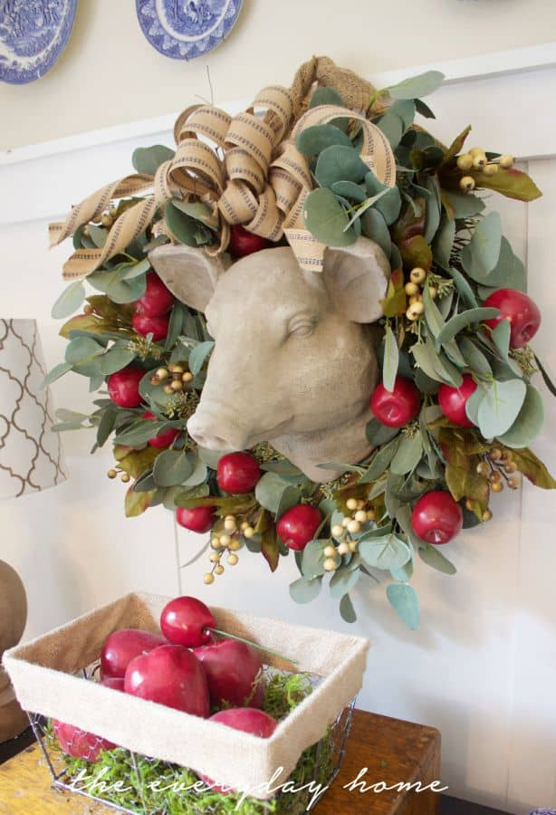 Apple-Berry-Wreath-and-Basket-The-Everyday-Home-www.everydayhomeblog.com_