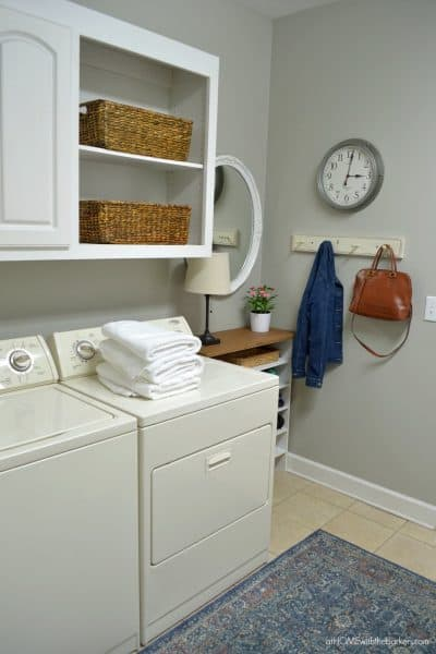 Laundry Room Makeover -Easy and Affordable Spring Update