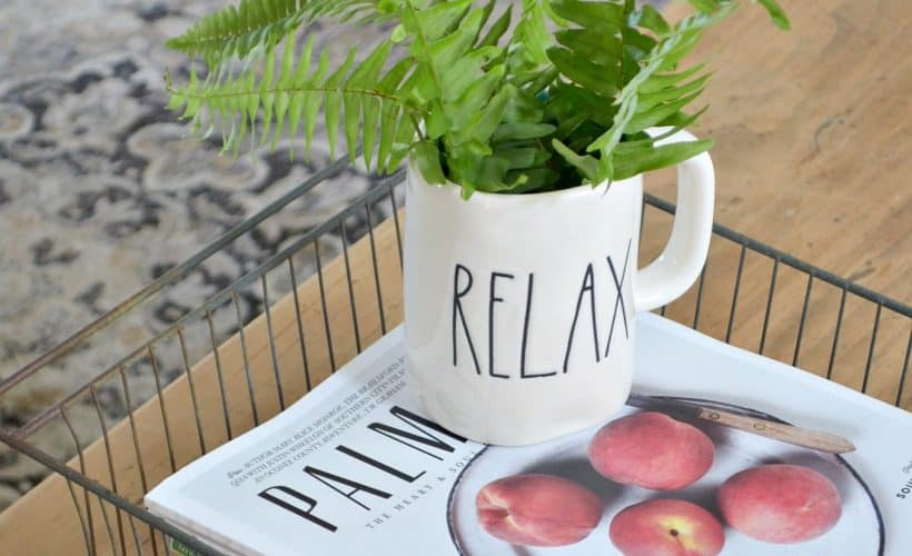 Simple Summer Decorating Ideas using items around your home