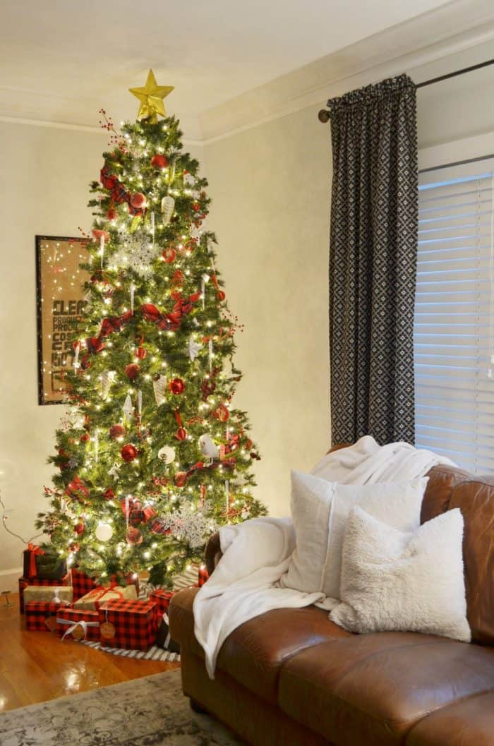 Traditional Christmas Decor Living Room Night tour
