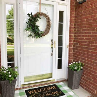 Curb appeal tips for small porch