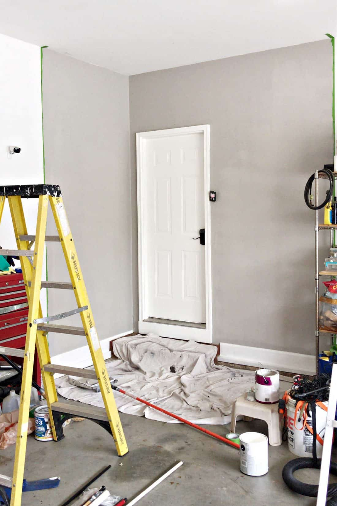 Garage Entry Painted walls Makeover
