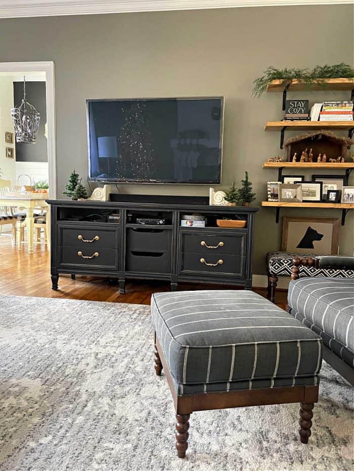 living room Christmas decor 2020