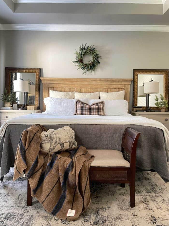 Christmas Master Bed Brown plaid
