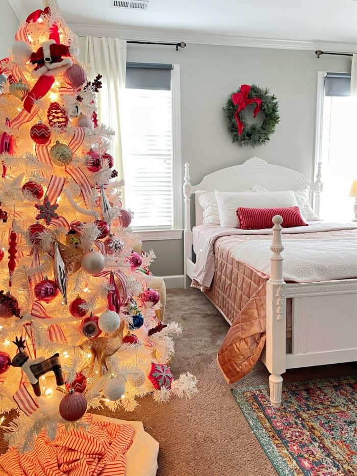 Red Pink Christmas College Girl Bedroom