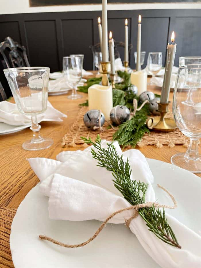 how to set a cozy casual dining table setting
