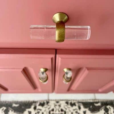 Bathroom Makeover Cabinet knobs
