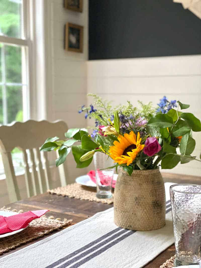 How to make a new vase look old