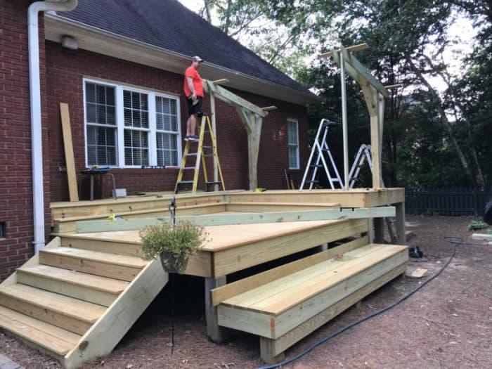 DIY Outdoor Kitchen Roof support