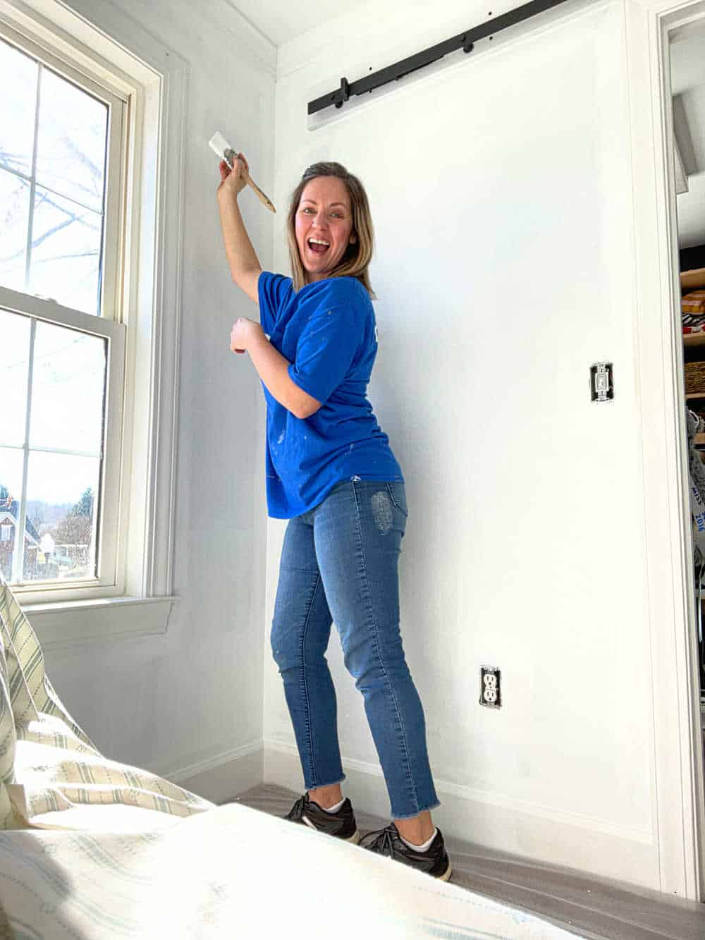 How to paint a room top to bottom for beginners